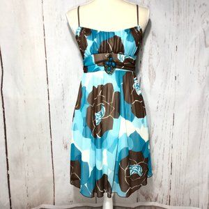 RUBY ROX SLEEVELESS FLORAL DRESS JUNIOR SIZE M